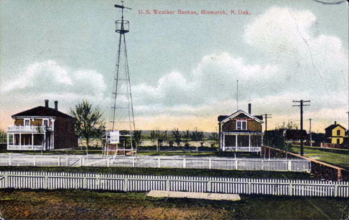 B0716-20 Camp Hancock Bismarck ND color postcard